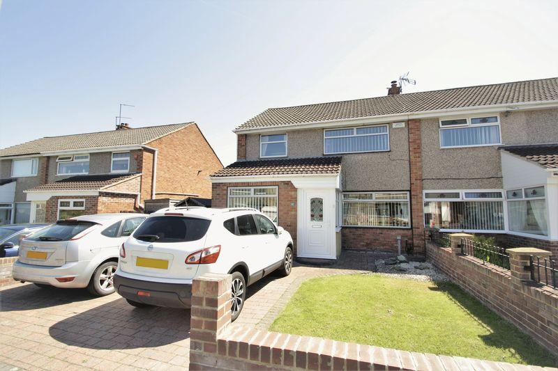 3 Bedrooms Semi Detached House for sale in Felton Lane, Bishopsgarth, Stockton, TS19 8TR