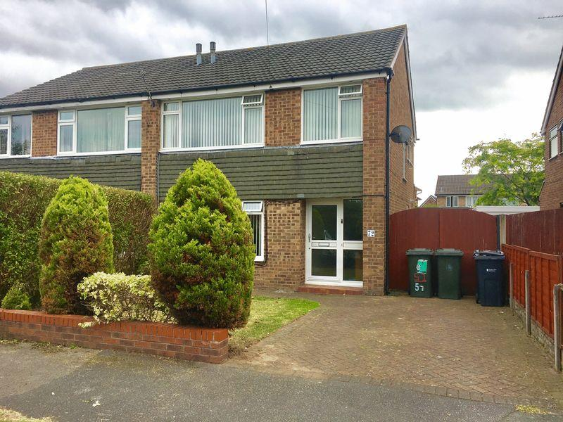 3 Bedrooms Semi Detached House for sale in Summertrees Road, Great Sutton