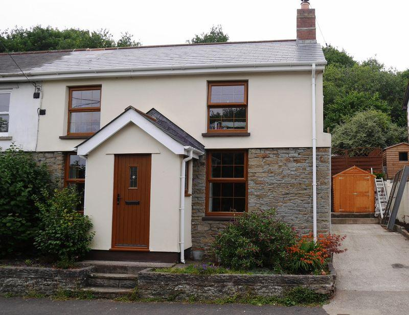 3 Bedrooms Terraced House for sale in White Rose Cottages, Cross Inn, Llantrisant, CF72 8BA