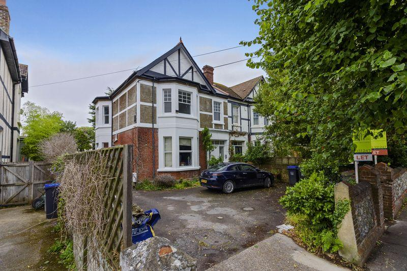 2 Bedrooms Flat for sale in Belsize Road, Worthing
