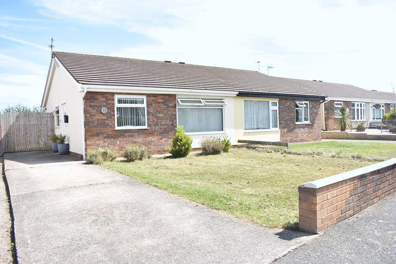 2 Bedrooms Semi Detached Bungalow for sale in Gelli For, Rhyl