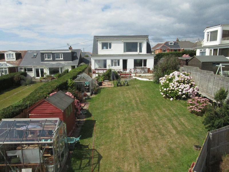 4 Bedrooms Detached House for sale in 50 Craig Yr Eos Road, Ogmore by Sea, Vale of Glamorgan, CF32 0PH