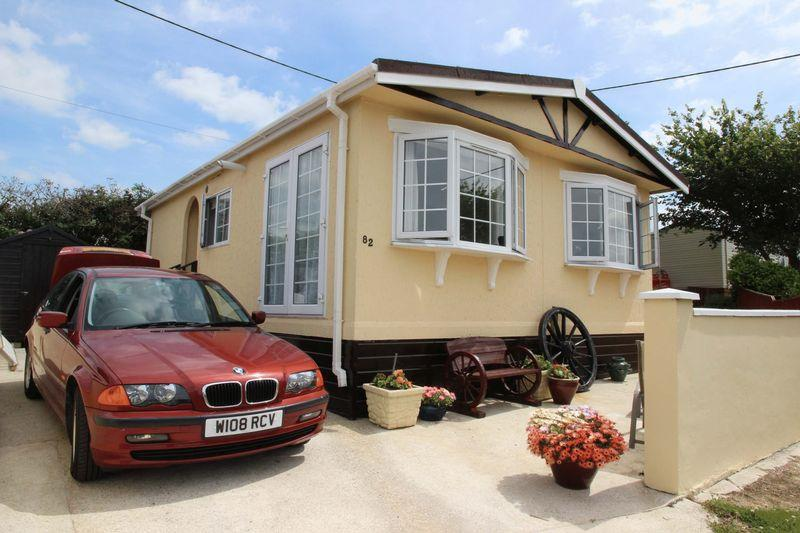 2 Bedrooms Park Home Mobile Home for sale in Trenance Caravan Park, Newquay