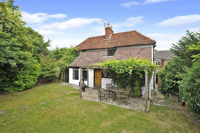 3 Bedrooms Detached House for sale in Bramley