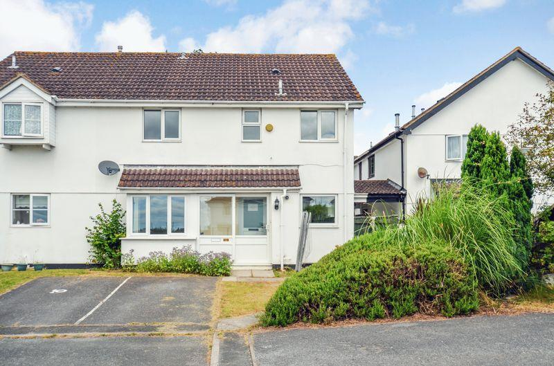 2 Bedrooms Semi Detached House for sale in Furze Cap, Kingsteignton