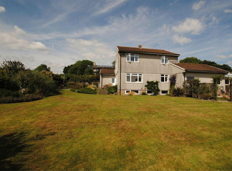 4 Bedrooms Detached House for sale in Church Lane, St Mellion