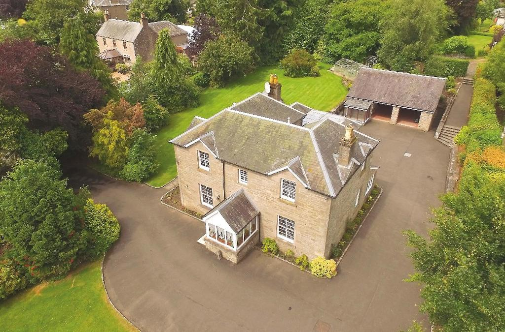 5 Bedrooms Detached House for sale in Greystones, Lynedoch Road, Methven, Perthshire, PH1 3PN