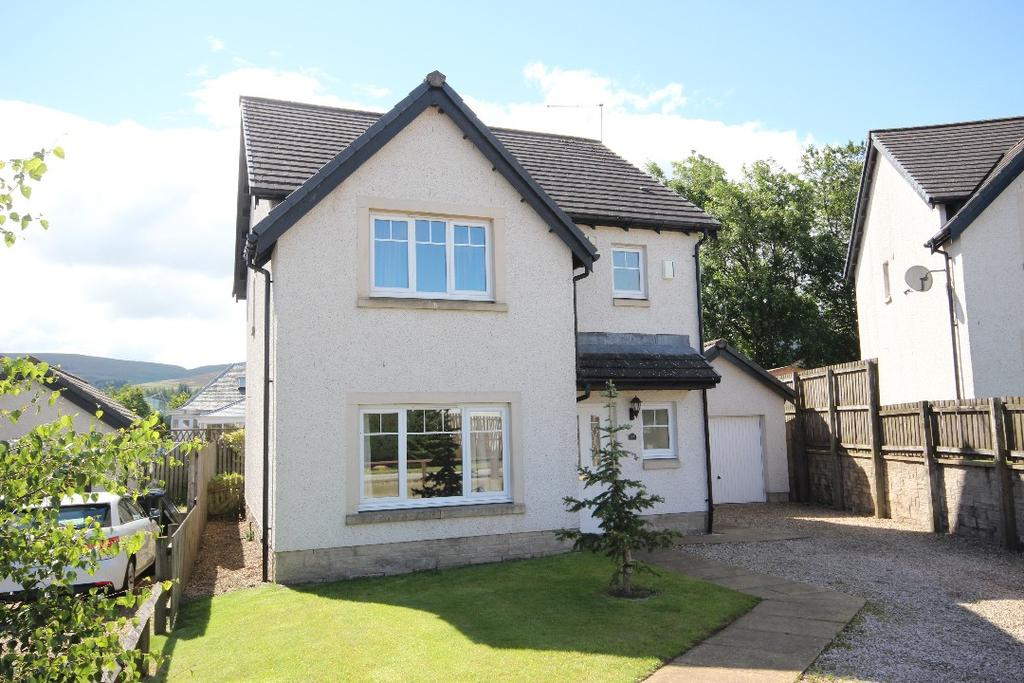3 Bedrooms Detached House for sale in Waulkmill Drive, Blackford , Perthshire , PH4 1PT