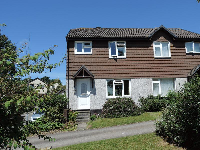 3 Bedrooms Semi Detached House for sale in Leap Park, Truro