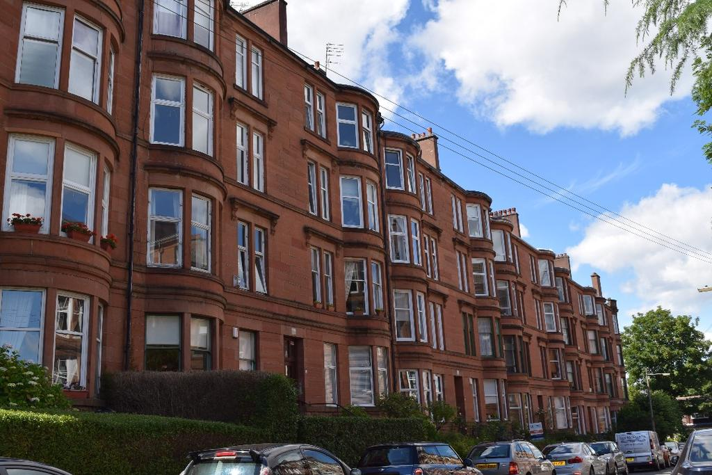 1 Bedroom Flat for sale in Grantley Gardens , Flat 1/1, Shawlands, Glasgow, G41 3PZ