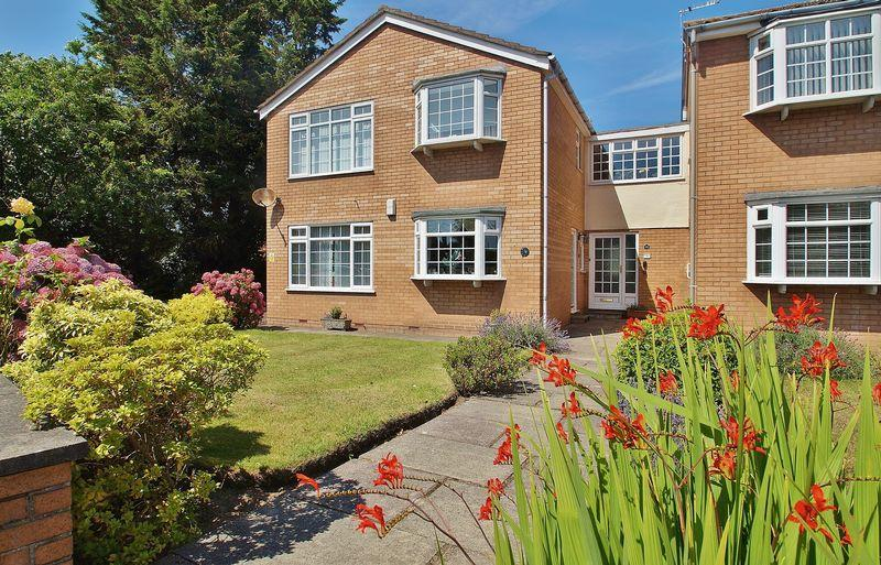 2 Bedrooms Apartment Flat for sale in Rivington Close, Birkdale