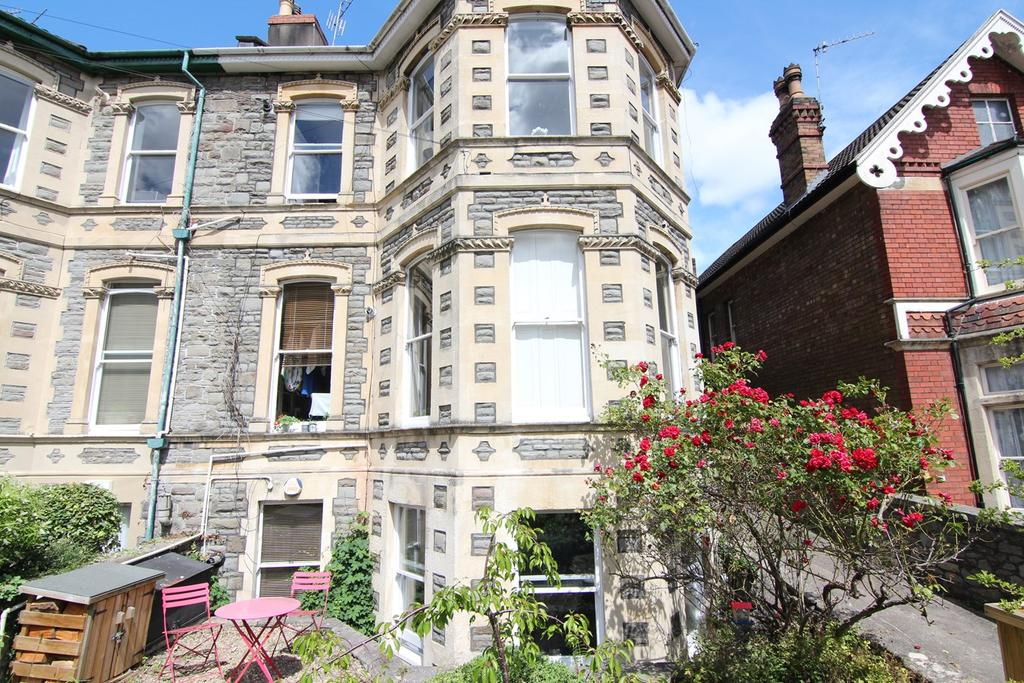 2 Bedrooms Apartment Flat for sale in Zetland Road, Redland, Bristol, BS6