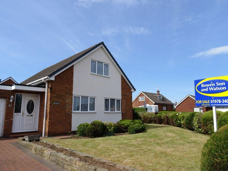 4 Bedrooms Detached House for sale in Borras Park Road, Wrexham