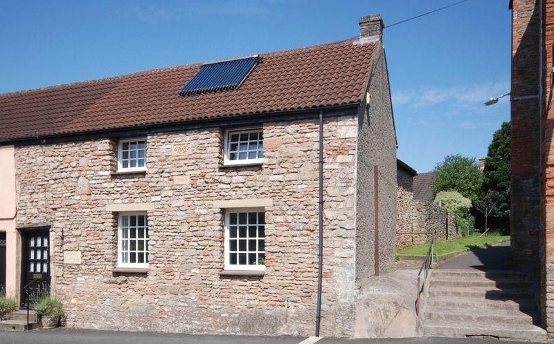 3 Bedrooms Terraced House for sale in St Thomas Street, Wells