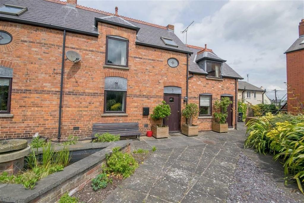 2 Bedrooms Mews House for sale in North Street, Caerwys, Mold