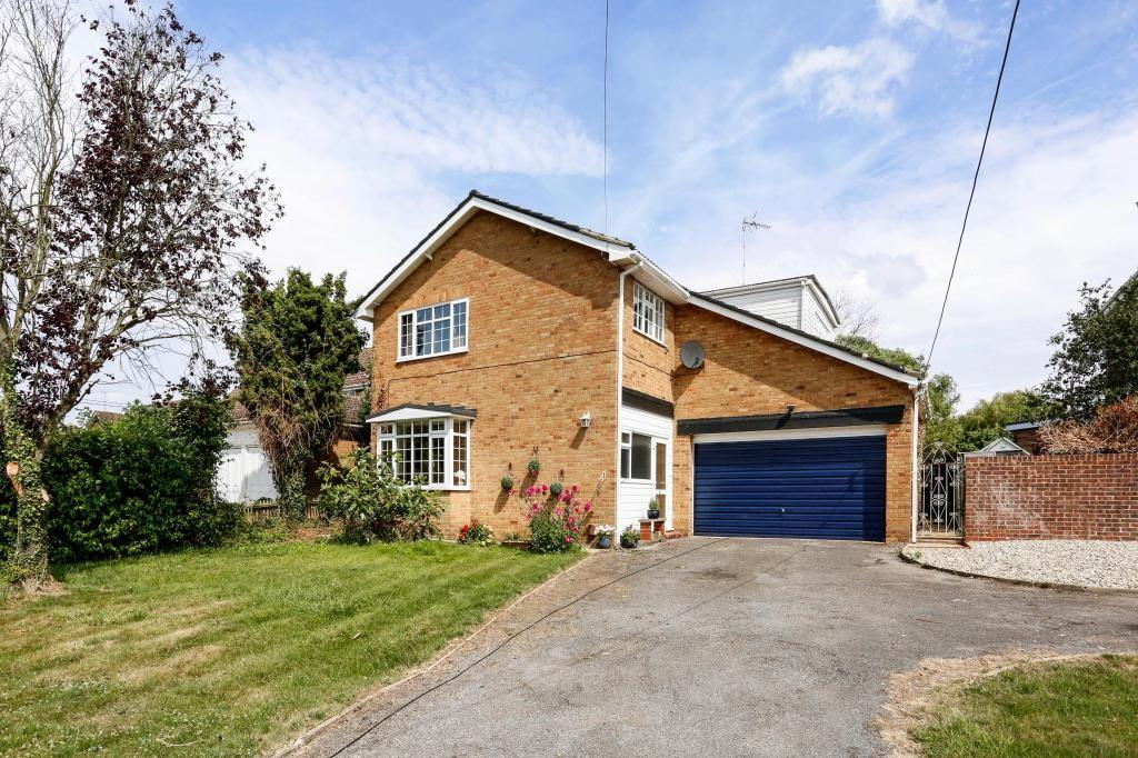 5 Bedrooms Detached House for sale in Church Road, West Hanningfield, Chelmsford, Essex, CM2