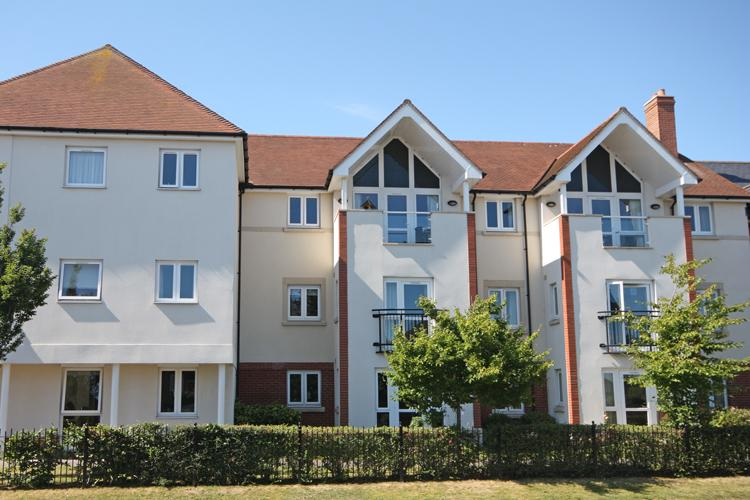 1 Bedroom Apartment Flat for sale in Farringford Court, Avenue Road, Lymington SO41