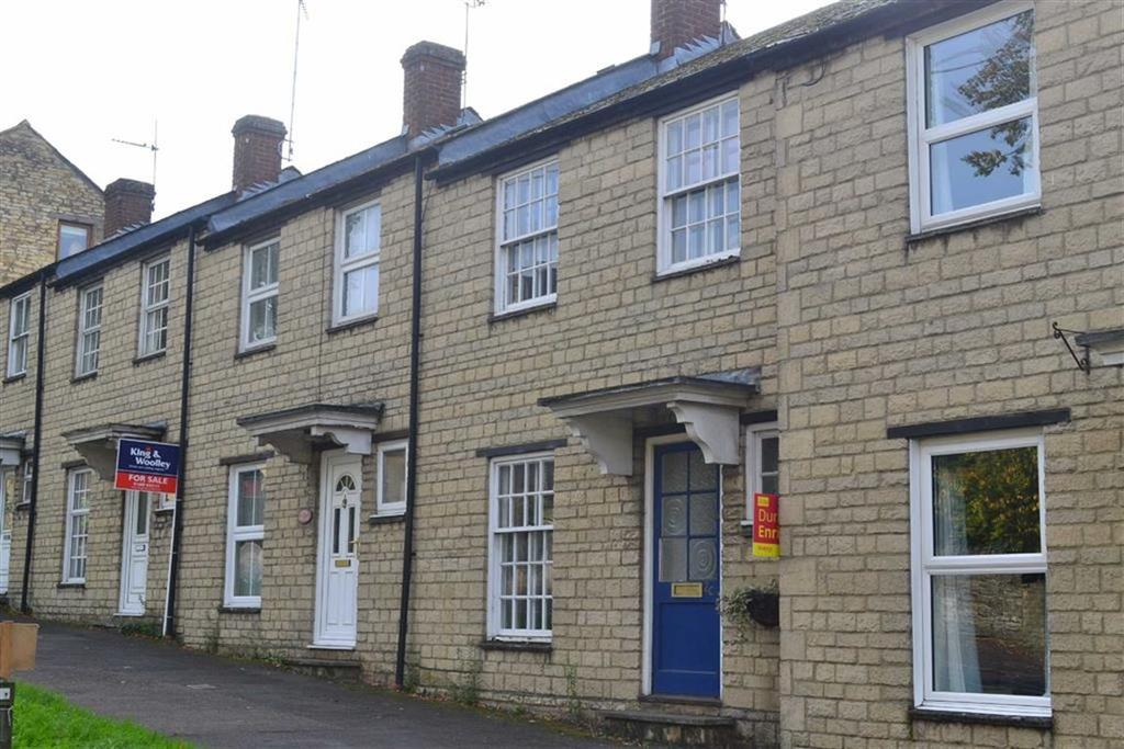 London road chipping norton 3 bed terraced house 850 for Kitchens chipping norton