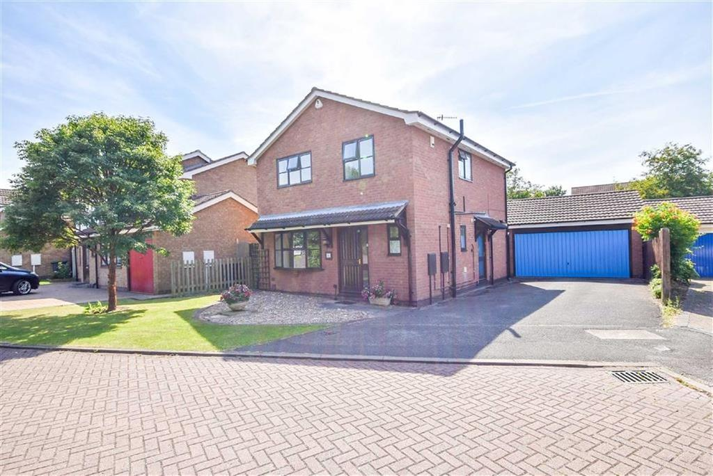 4 Bedrooms Detached House for sale in Worwood Drive, West Bridgford