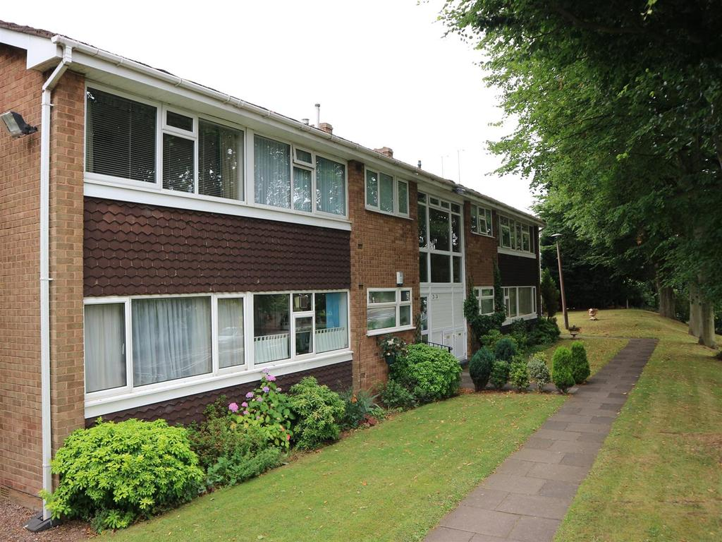 2 Bedrooms Apartment Flat for sale in Millpool Close, Hagley, Stourbridge