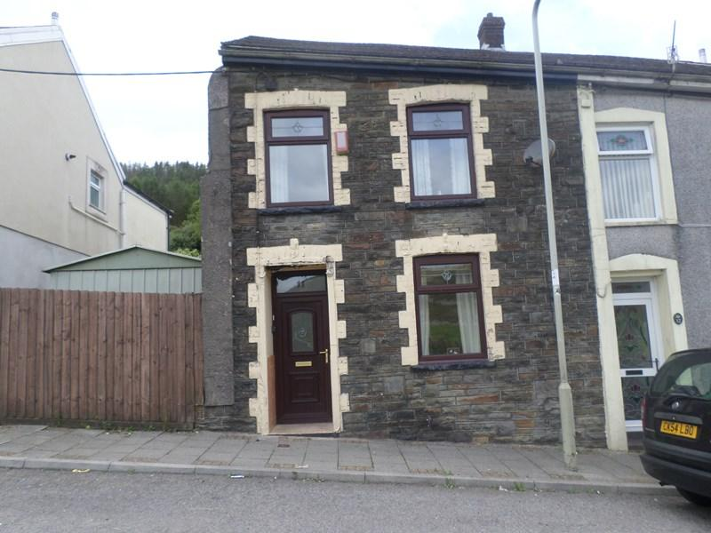 3 Bedrooms End Of Terrace House for sale in Pentre Road, Maerdy, Ferndale