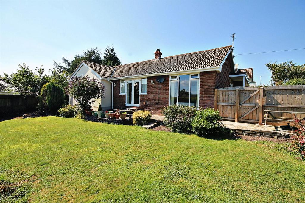 2 Bedrooms Detached Bungalow for sale in Lowland Road, Brandon, Durham