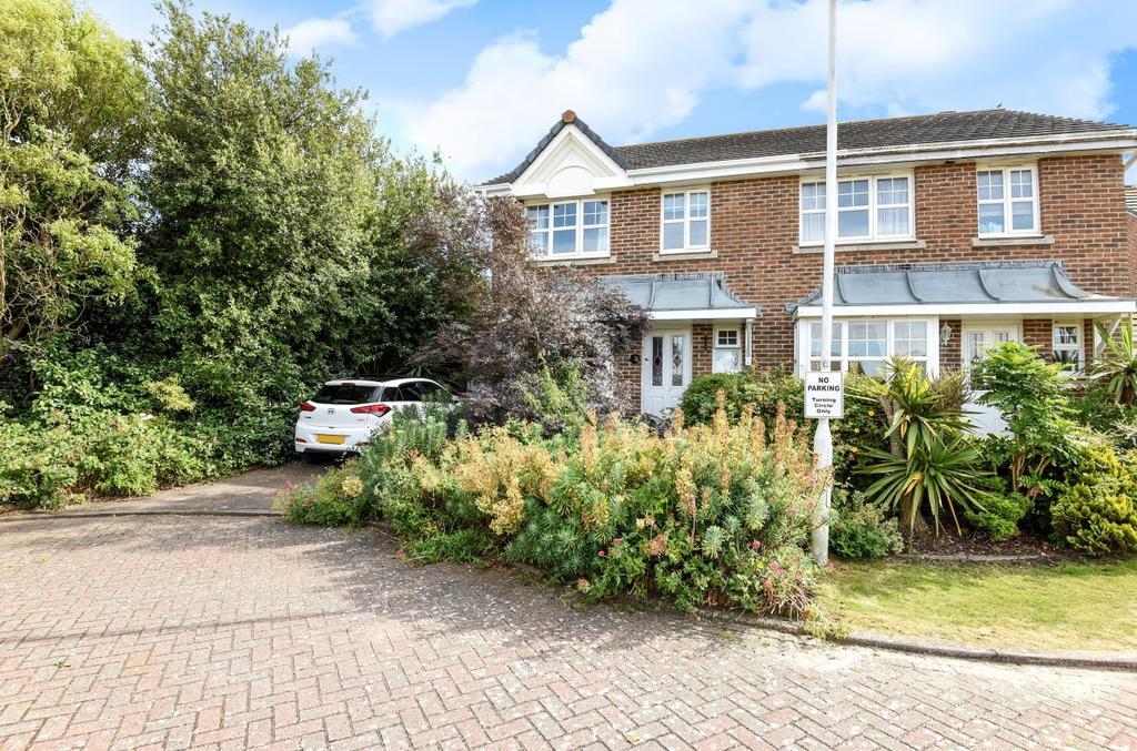 3 Bedrooms Semi Detached House for sale in Norman Way, Middleton On Sea, Bognor Regis, PO22