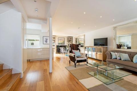 4 bedroom terraced house to rent - Randolph Mews, Maida Vale, W9