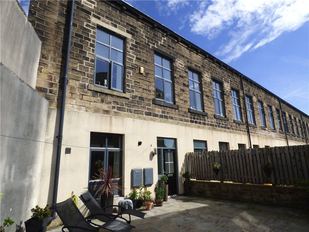 1 Bedroom Terraced House for sale in Lund Street, Bingley, West Yorkshire