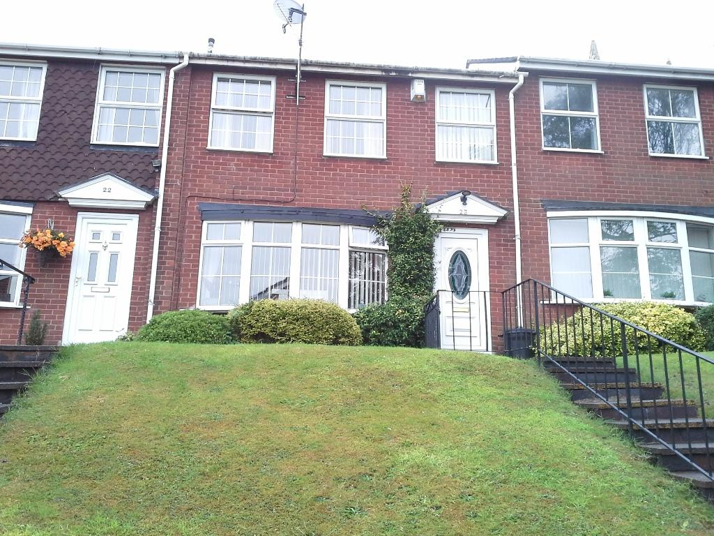 3 Bedrooms Terraced House for sale in Penns Lane, Coleshill B46