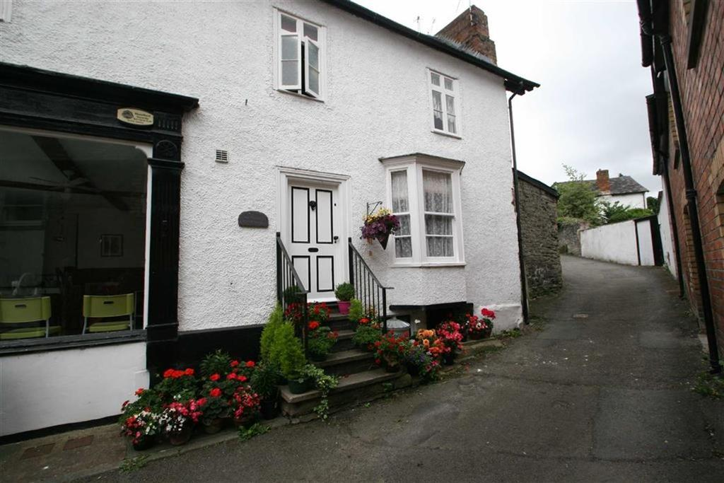 3 Bedrooms Cottage House for sale in 8a High Street, KNIGHTON, Knighton, Powys