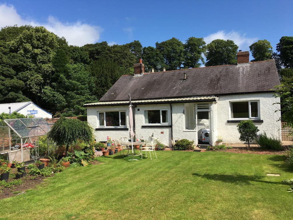 3 Bedrooms Detached Bungalow for sale in Wellesley, Station Road, Brampton, Cumbria CA8