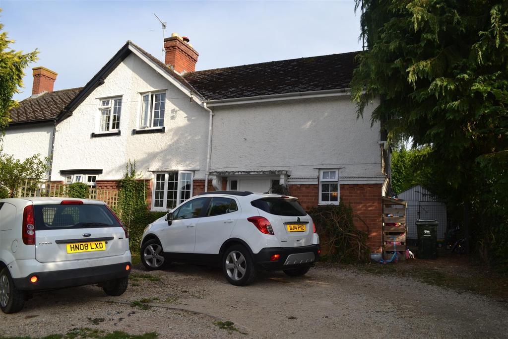 3 Bedrooms Semi Detached House for sale in Bromyard Road, Tenbury Wells