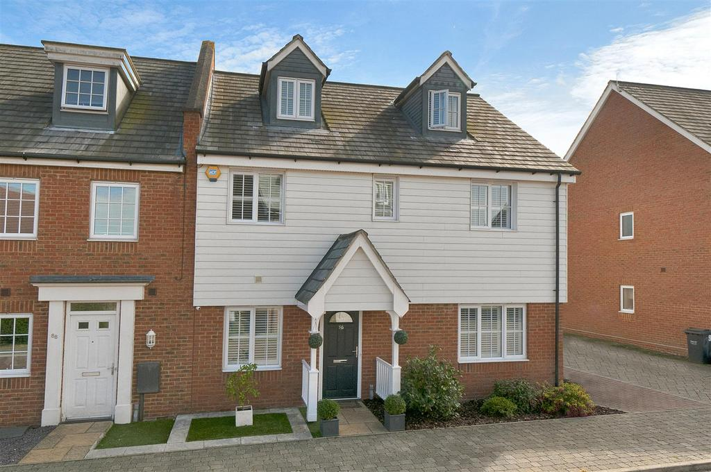 5 Bedrooms End Of Terrace House for sale in Hazen Road, Kings Hill, ME19 4DF
