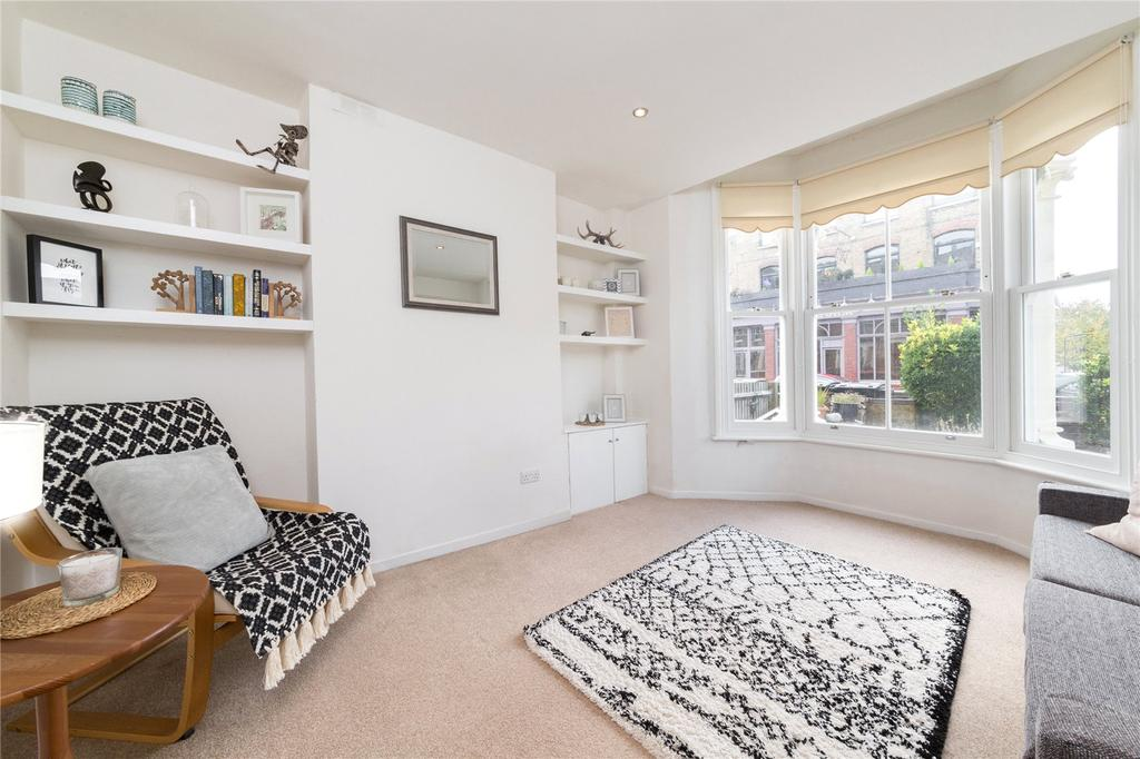 1 Bedroom Flat for sale in Chester Road, Dartmouth Park, London