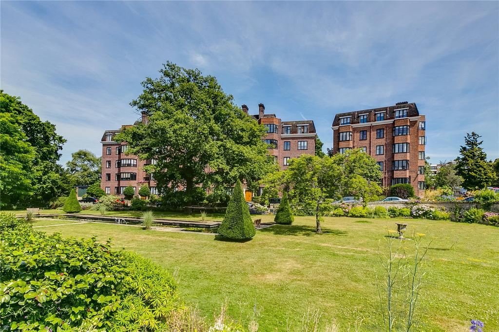 4 Bedrooms Flat for sale in Selwyn House, Manor Fields, Putney, London