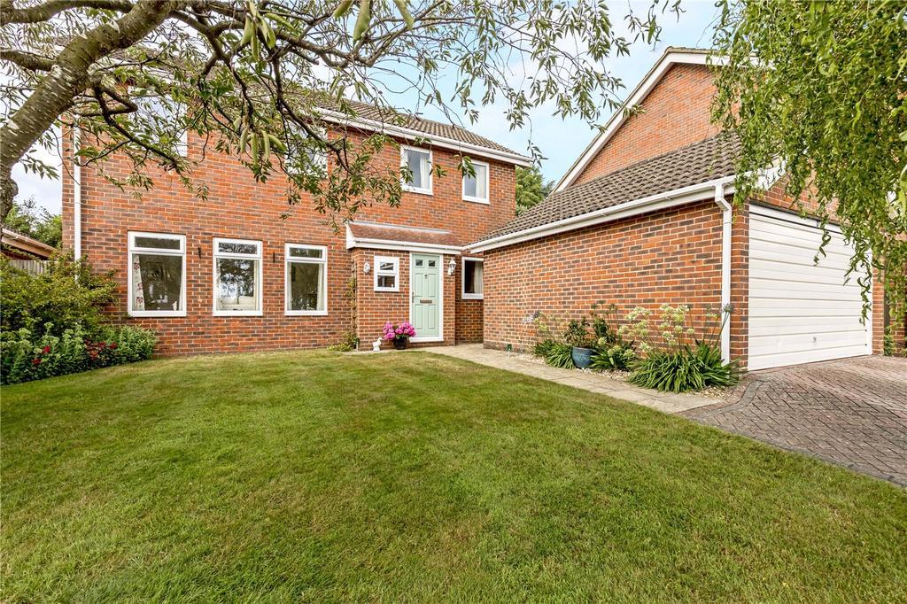 4 Bedrooms Detached House for sale in Upper Wardown, Petersfield, Hampshire