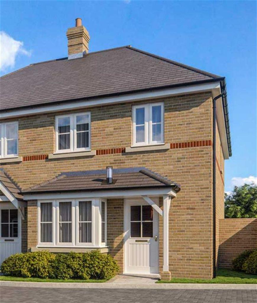 3 Bedrooms Semi Detached House for sale in Silent Garden, Liphook, Hampshire, GU30
