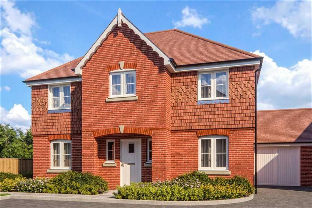 4 Bedrooms Detached House for sale in Silent Garden, Liphook, Hampshire, GU30
