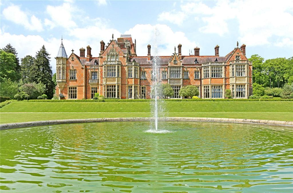4 Bedrooms Flat for sale in Wyfold Court, Kingwood, Henley-On-Thames, Oxfordshire