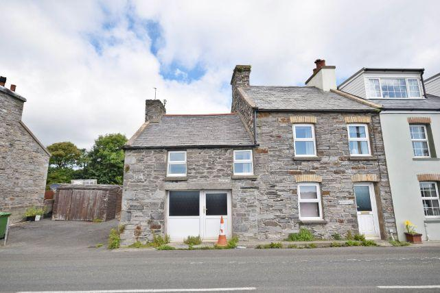 3 Bedrooms House for sale in Douglas Road, Ballabeg, IM9 4EF