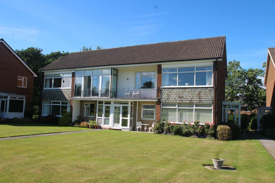 2 Bedrooms Apartment Flat for sale in GRANBY PARK, HARROGATE, HG1 4AE