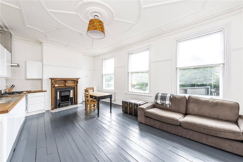 1 Bedroom Flat for sale in Brixton Hill, London, SW2