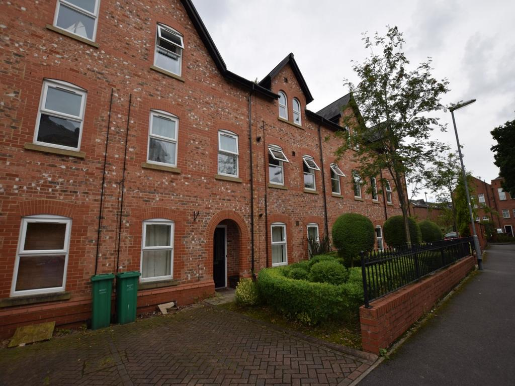 4 Bedrooms Terraced House for rent in Saint Paul's Road, Manchester