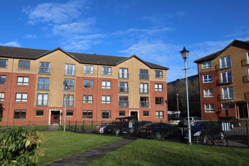 2 Bedrooms Flat for rent in Ferry Road, Yorkhill, Glasgow, G3 8QW
