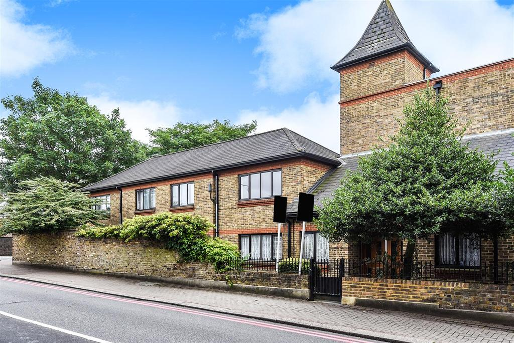 1 Bedroom Flat for sale in Clarence Lane, Roehampton