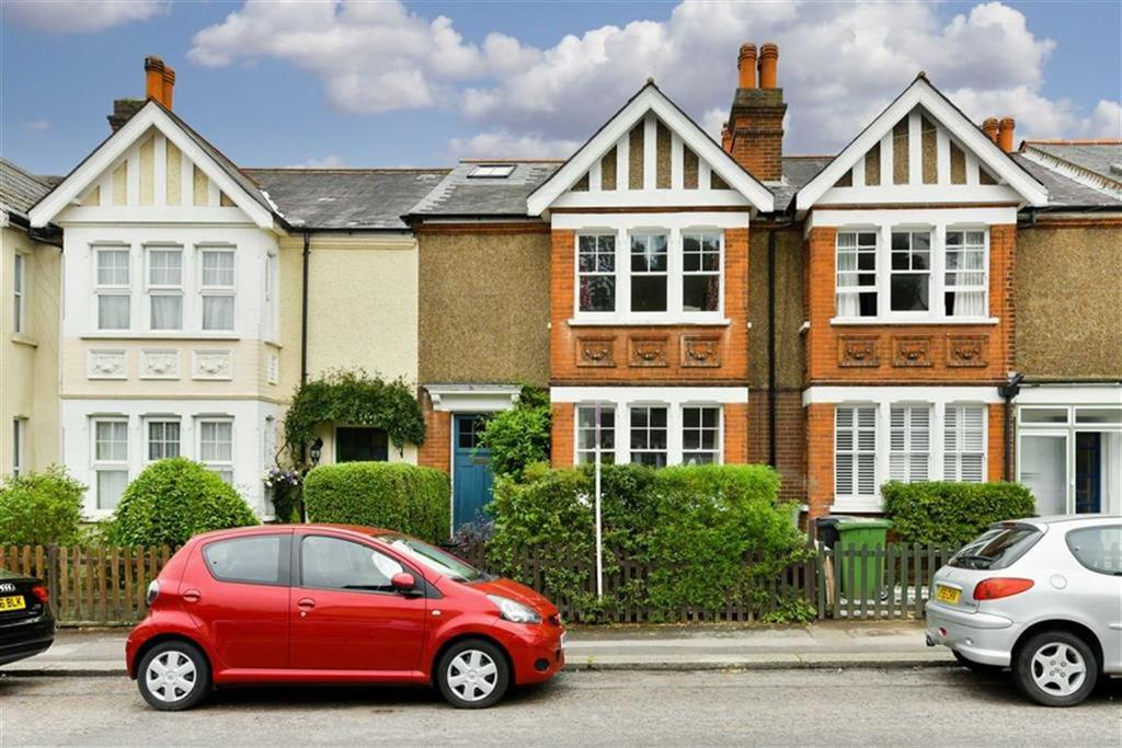 3 Bedrooms Terraced House for sale in Church Road, Epsom, Surrey