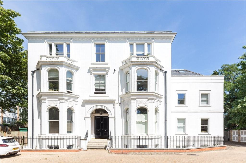 2 Bedrooms Flat for sale in Hatfield House, 40 Cambridge Park, East Twickenham, TW1