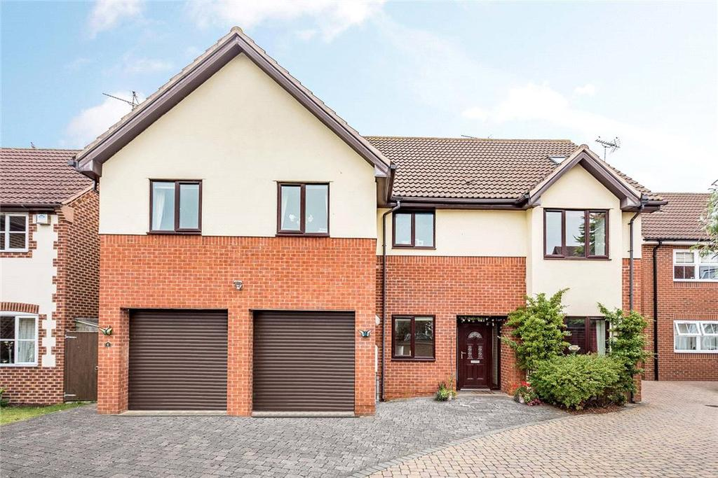 6 Bedrooms Detached House for sale in Mandalay Drive, Norton, Gloucester, Gloucestershire, GL2