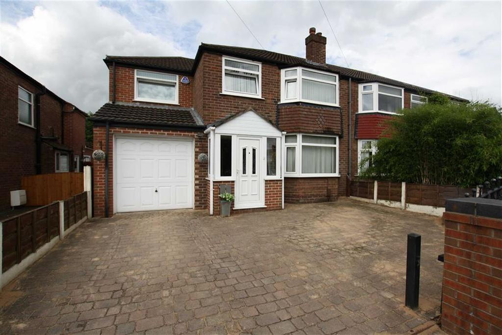 4 Bedrooms Semi Detached House for sale in Cromer Road, Sale